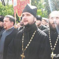 Переможець «Голосу країни» прийшов до Ради захищати московську церкву (фото)