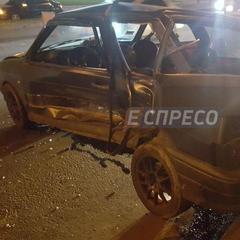 Масштабне ДТП у Києві: 5 постраждалих, 5 автомобілів понівечено (фото)
