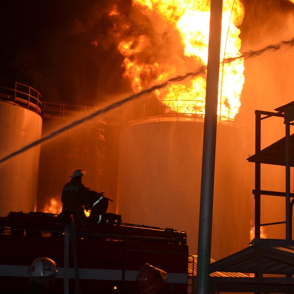 Жителі Київщини відсудили чималі гроші через пожежу на нафтобазі
