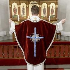 У Швеції священника позбавили сану через реєстрацію на сайті знайомств