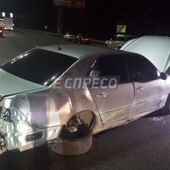 Кривава ДТП у Києві: водій Лексуса збив 3 людей на Харківській площі (фото)