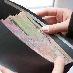 Андрій Рева пообіцяв підвищення середньої зарплати