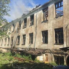 Бойовики кілька годин обстрілювали Красногорівку: пошкоджені житлові будинки