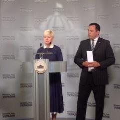 «Процес освіти у всіх навчальних закладах повинен здійснюватись українською мовою», - письменниця Лариса Ніцой у парламенті