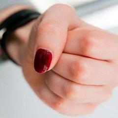 У Тернополі двох сестер-школярок побили старші дівчата
