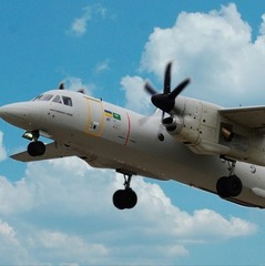 Новітній літак-демонстратор Ан-132Д перелетів до Франції, де візьме участь в паризькому авіашоу