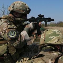 Звіт штабу АТО: поранено трьох українських військових