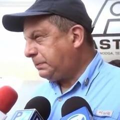 Президент Коста-Рики з'їв осу під час інтерв'ю (відео)