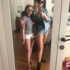 Полякова похвалилася дочками, новим другом та обличчям без макіяжу (фото)