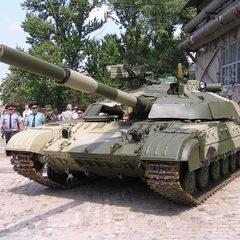 Переправа танків через річку: військові показали видовищне відео (відео)