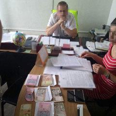 У Чернігові на хабарі затримано керівника обласного управління Укртрансбезпеки