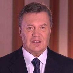 Янукович вирішив відкликати усіх своїх адвокатів