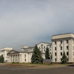 В центрі Луганська прогримів вибух