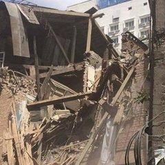 Потужний вибух прогримів у Києві: завалився житловий будинок