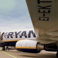 Компанія Ryanair скасувала вихід на український ринок і поверне кошти за вже заброньовані рейси