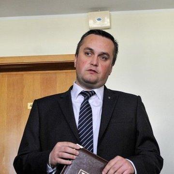Від Полякова та Розенблата вимагатимуть здати закордонні паспорти