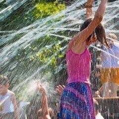 В Україні сьогодні буде спекотно, на заході пройдуть дощі (карта)