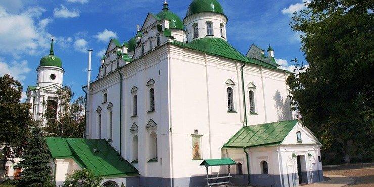 У Києві закрили на карантин жіночий монастир, де захворіло більше 20 монахинь