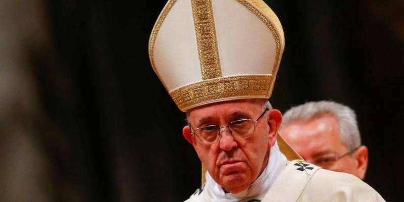 Папа Франциск виступив проти масових заворушень в США, але визнав расизм реальною загрозою