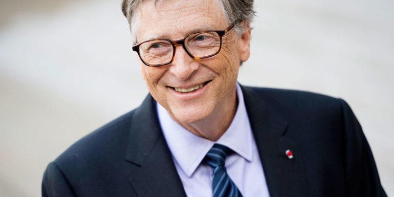 Білл Гейтс прокоментував чутки про те, що він влаштував пандемію коронавірусу задля продажу вакцини під виглядом мікрочипів