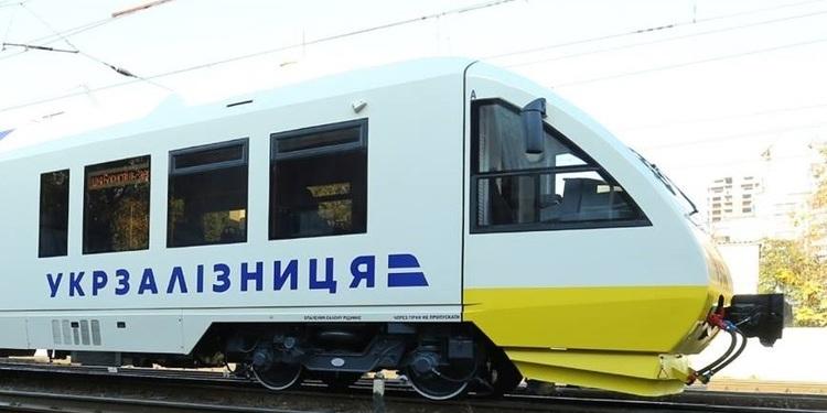 """З початку року """"Укрзалізниця"""" відремонтувала 460 кілометрів шляхів"""