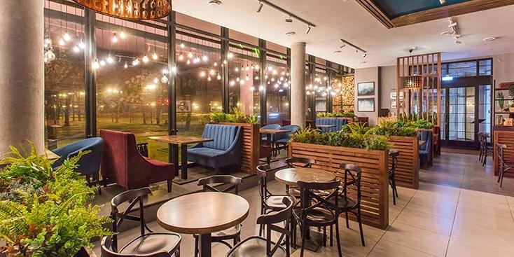 Життя після карантину: чи варто зараз відвідувати ресторани і кафе?