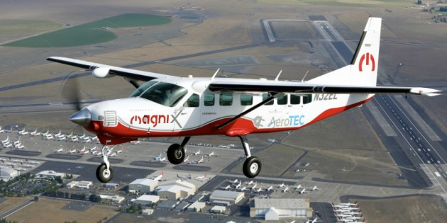 Найбільший у світі електричний літак здійснив перший політ