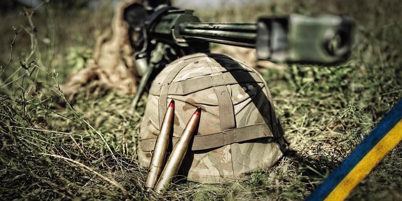 На Донбасі загинув військовий, двоє отримали поранення