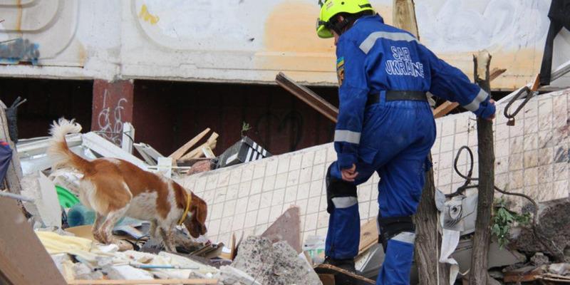 Вибух на Позняках: рятувальники знайшли під завалами п'ятого загиблого