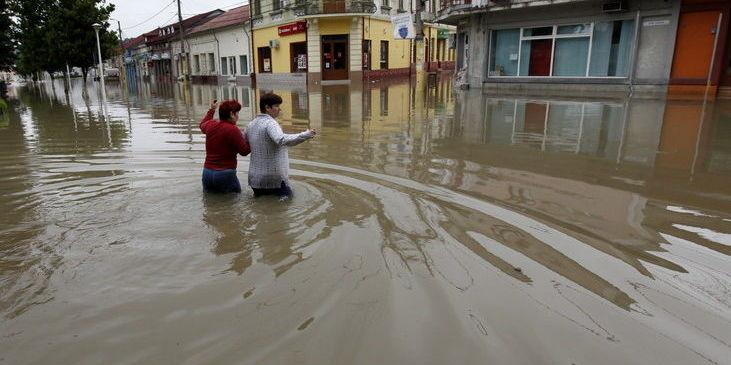 В Румунії - найсильніші повені за понад 200 років: затоплено 160 сіл, 3 загиблих
