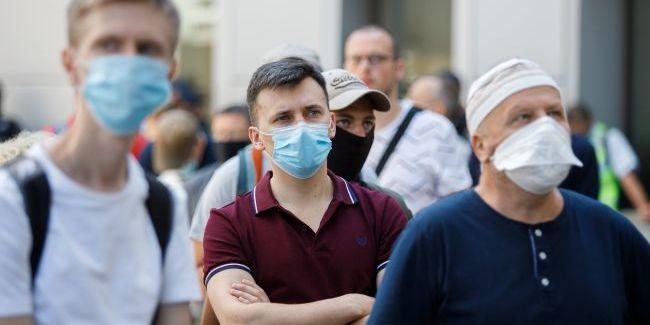Ресторани до 22:00 і тотальний контроль: Київська область посилила карантин