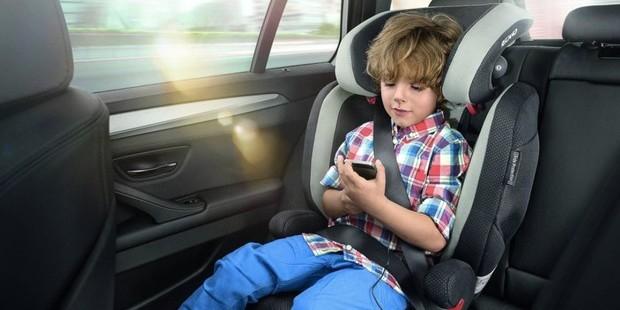 Топ-10 найбільш безпечних автомобілів для дітей 2020