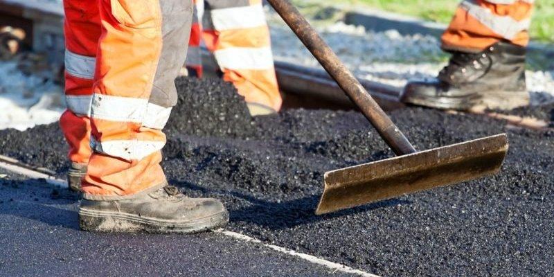 Дороги до курортів ремонтують 200 одиниць техніки (ФОТО)