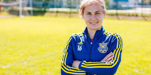 Дві українки потрапили до ТОП-10 кращих футболісток світу