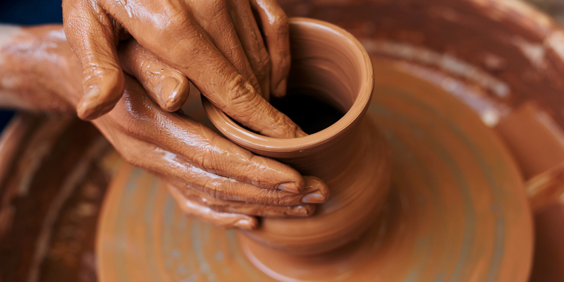 Полтавський музей вчитиме добувати глину і ліпити горщики, щоб привабити туристів