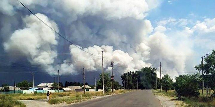 Масштабна лісова пожежа на Луганщині: людей евакуюють з будинків – відео, фото