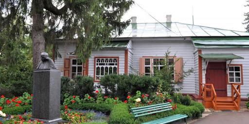 У Вінниці реставрують музей-садибу Михайла Коцюбинського