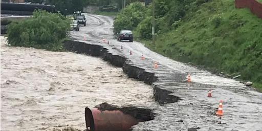 Рятувальники попереджають про підвищення рівнів води у трьох річках