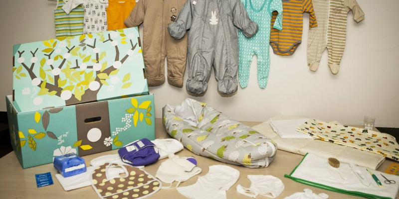 Мінсоцполітики пропонує компенсувати вартість «пакунку малюка» батькам, які його не отримали