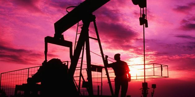 Нафта дешевшає напередодні зустрічі ОПЕК+
