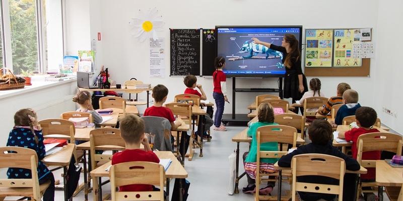 В Україні планують відкрити школи з 1 вересня в звичайному режимі