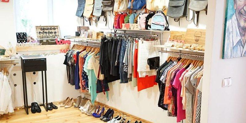 Відтепер зношений одяг і взуття можна відправити на екологічну утилізацію поштою