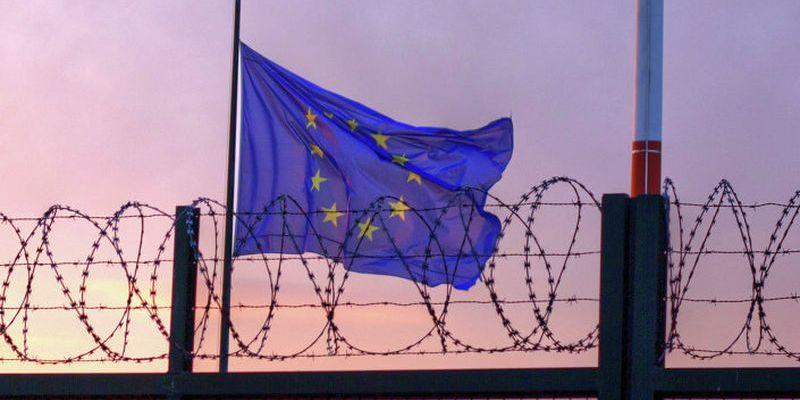 ЄС залишить закритими кордони ще на два тижні і скоротить «безпечний» список