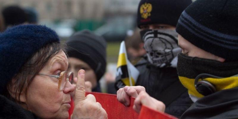 У Росії заборонили організацію правих націоналістів, яка виступає проти війни з Україною і правління Путіна