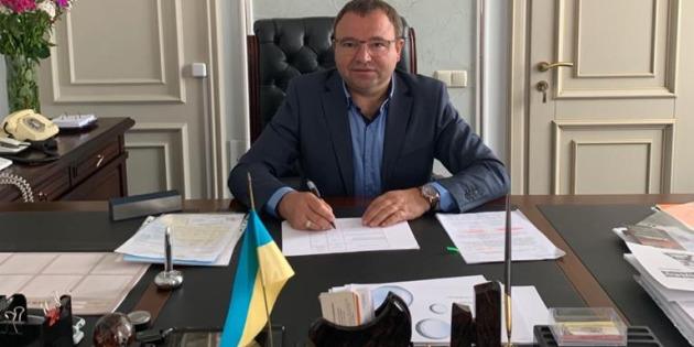 Голова Київської облради подав у відставку та склав мандат депутата