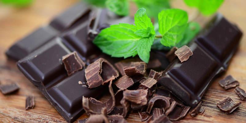 Який шоколад найкорисніший? Плюси і мінуси популярних солодощів