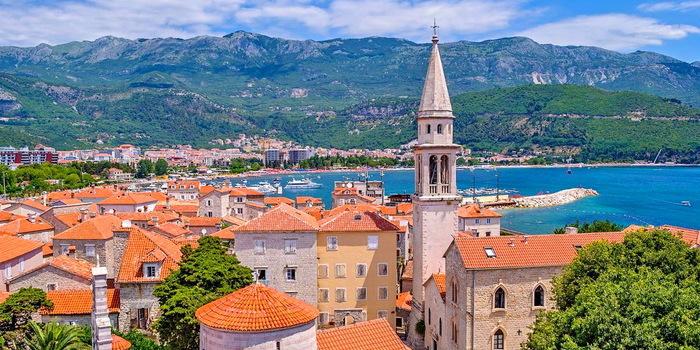 У Чорногорії потік туристів впав на 92% через коронакризу