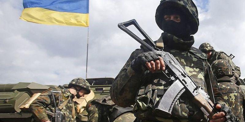 Війна на Донбасі: за добу бойовики тричі порушили «тишу» — штаб