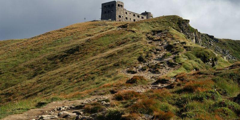 Обсерваторію на горі Піп Іван перетворять на театральний майданчик