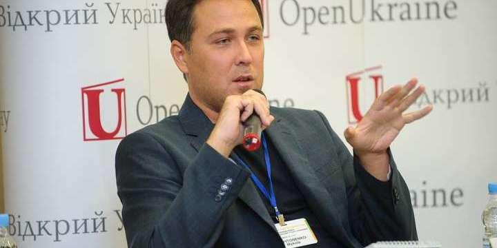 Микола Капітоненко: «Зеленський буде «продавати» перемир'я на місцевих виборах»